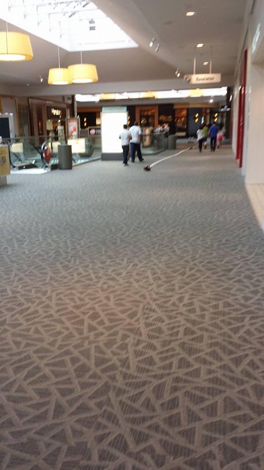 trumbull mall