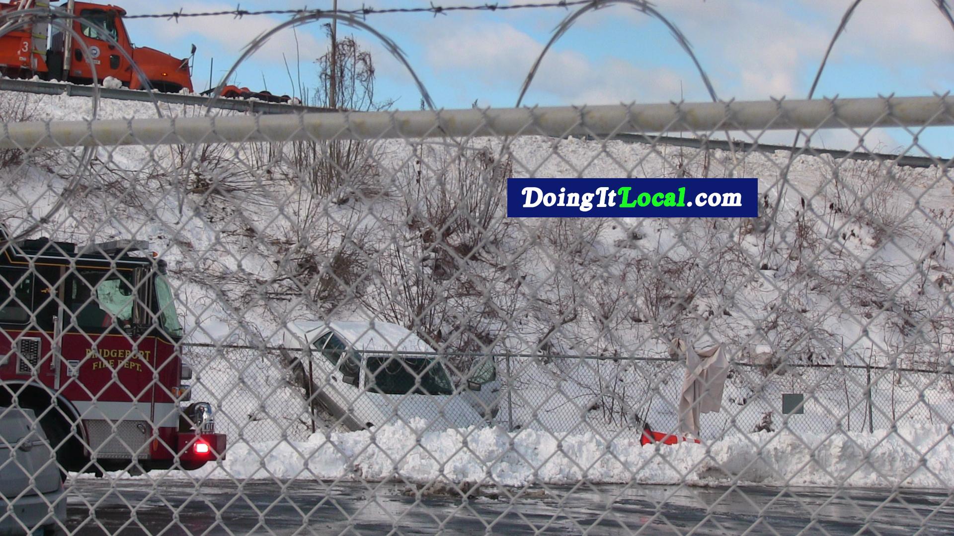 Bridgeport News: Car Crashes Off Highway